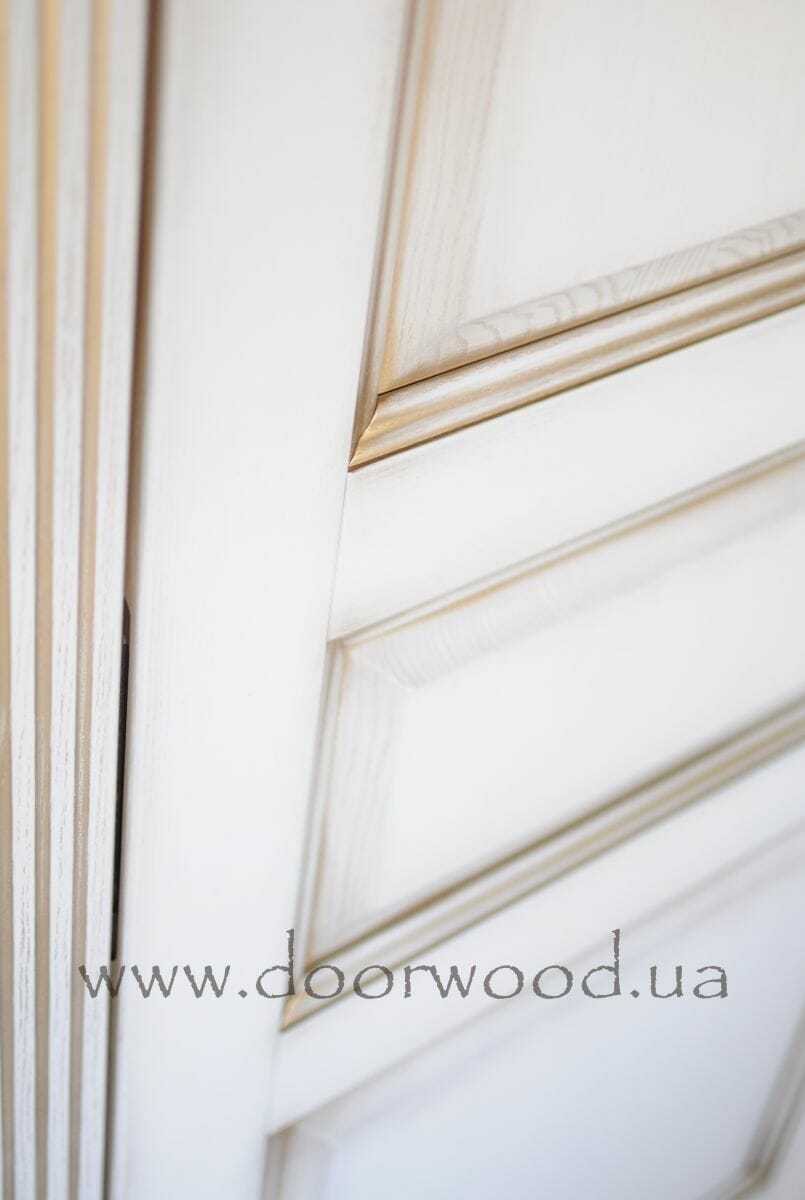 Patinated painting doors
