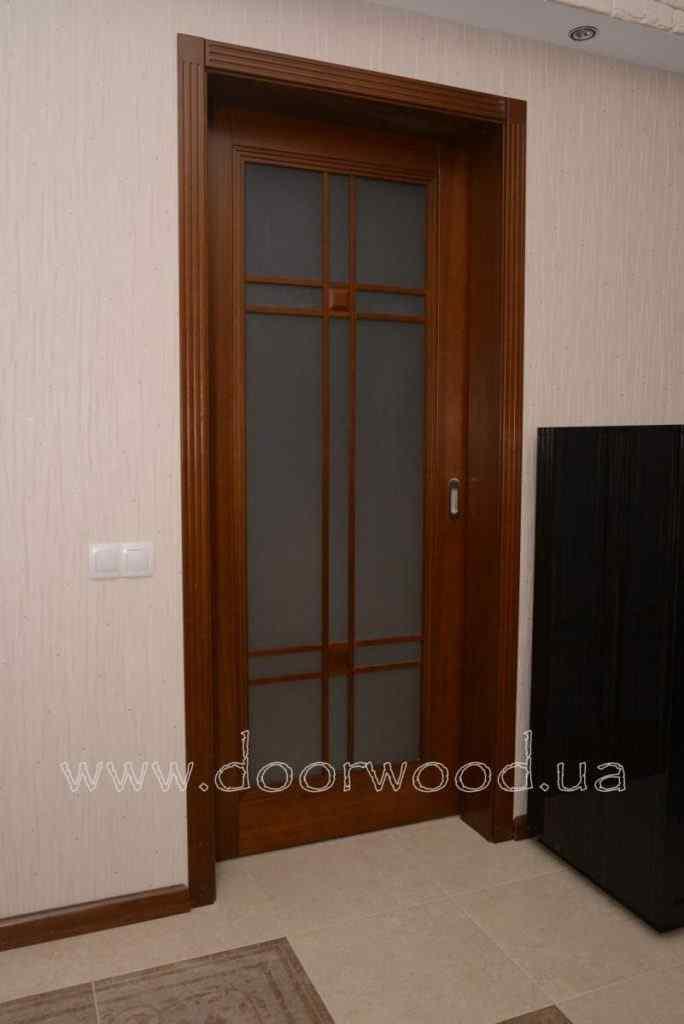 Раздвижные двери из ясеня, дверь в кухню,