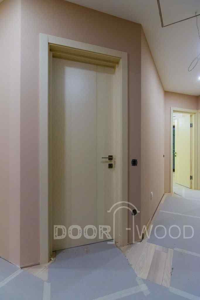 установить межкомнатные двери на скрытые петли