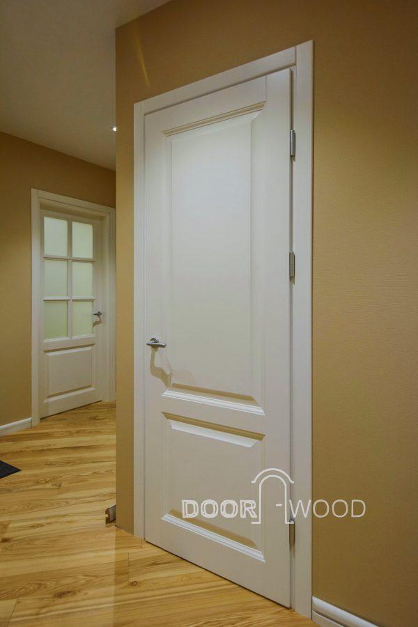 Дверь межкомнатная Old Town - доска пола массив ясеня, деревянный плинтус