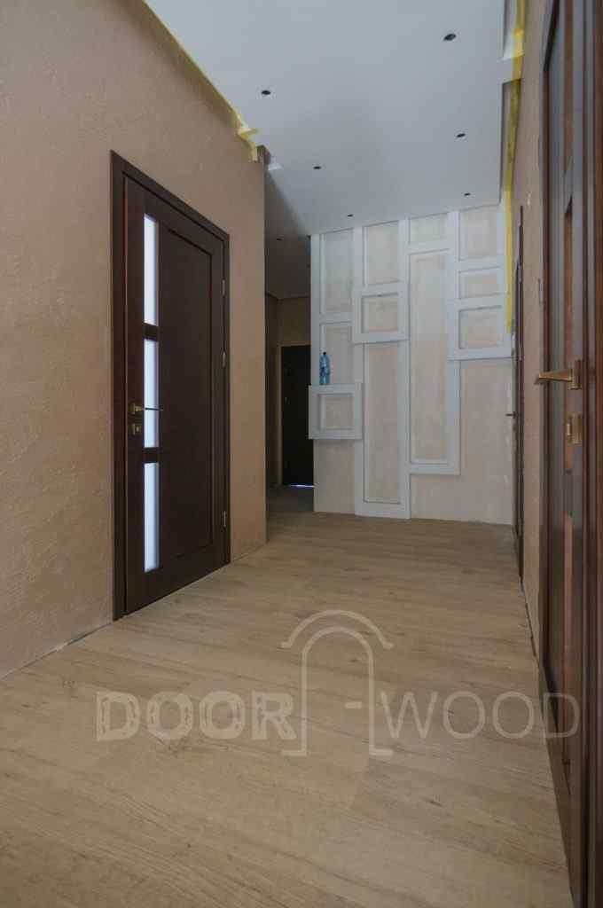 двери из ясеня в дом в Одессе