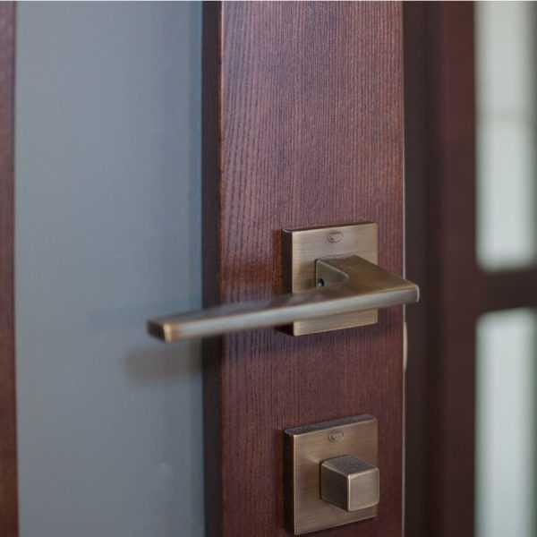 межкомнатная дверь handy 2.1 массив ясеня