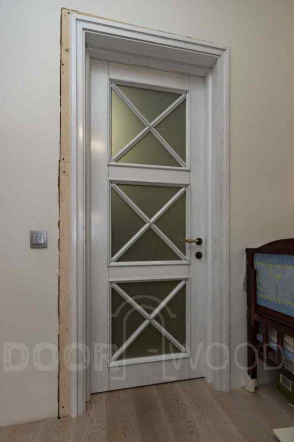 Optima 1.3  классическая межкомнатная дверь патина карниз обкладка.
