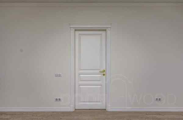 dveri iz iasenia old town 5.1 belaia s karnizom1
