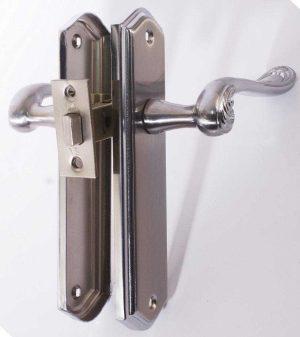 Комплект для межкомнатной двери RDA Monza (ручка на планке