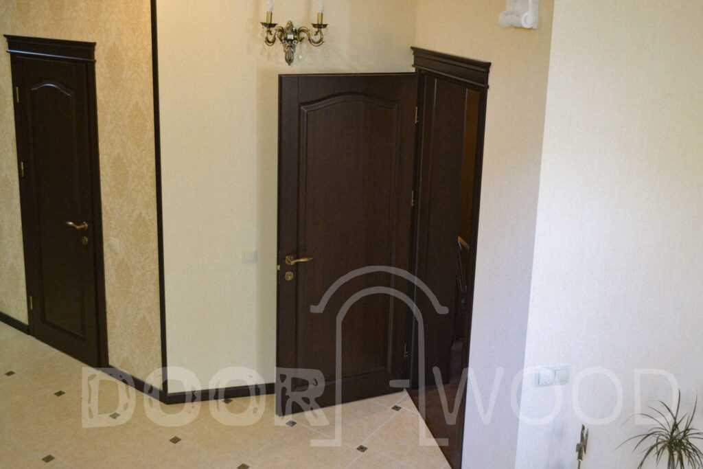 деревянные двери буфет