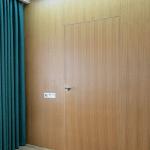 правая дверь внешнего открывания.