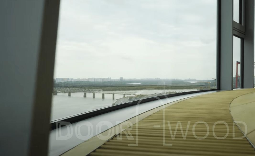Панорамное окно до пола радиусный стеклопакет